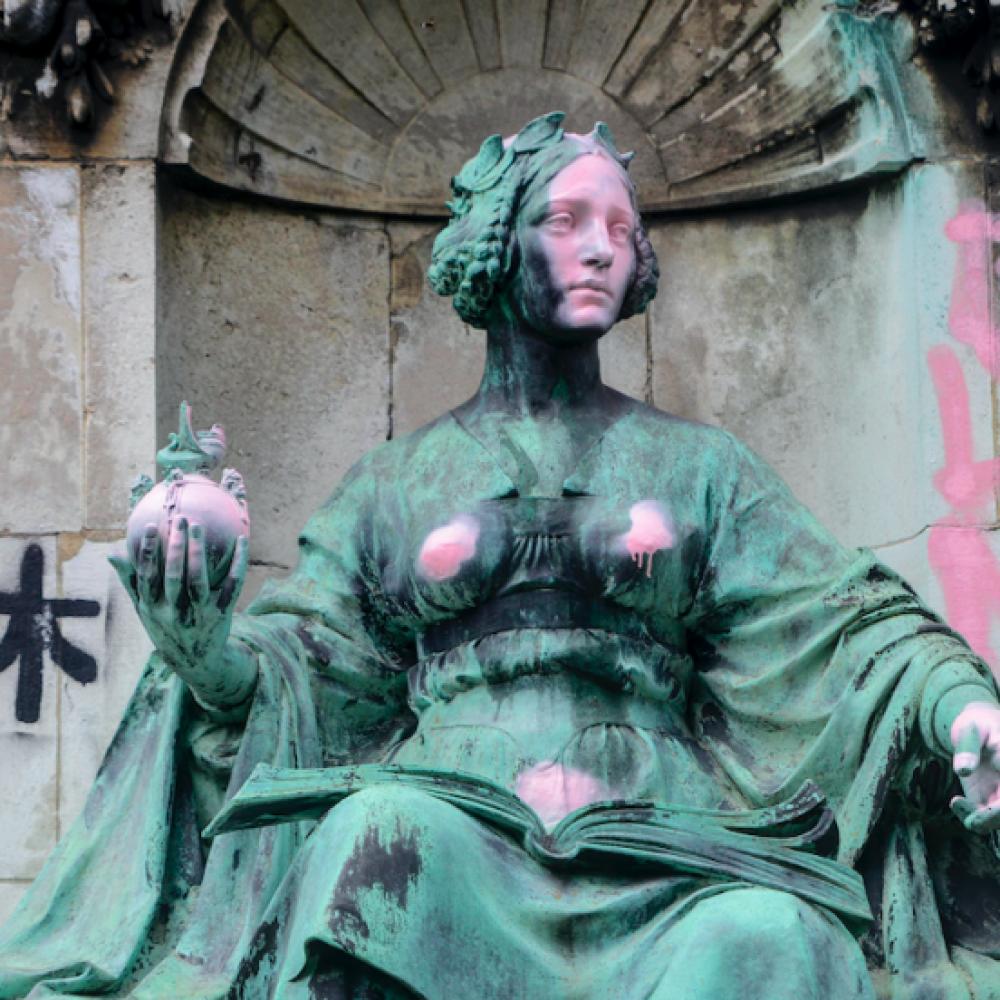 In favore dei distruttori di statue